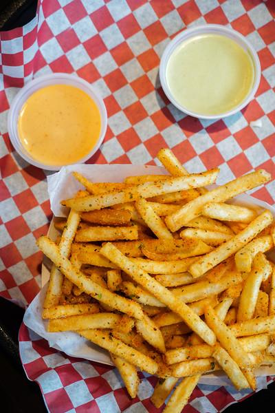 Pratt_Katsu Burger_Spicy Fries_003.jpg