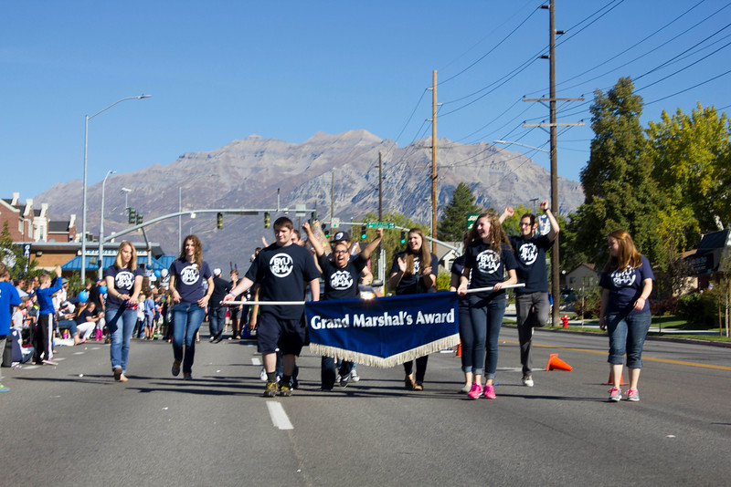 2015_10_10_Homecoming_Parade_7825.jpg