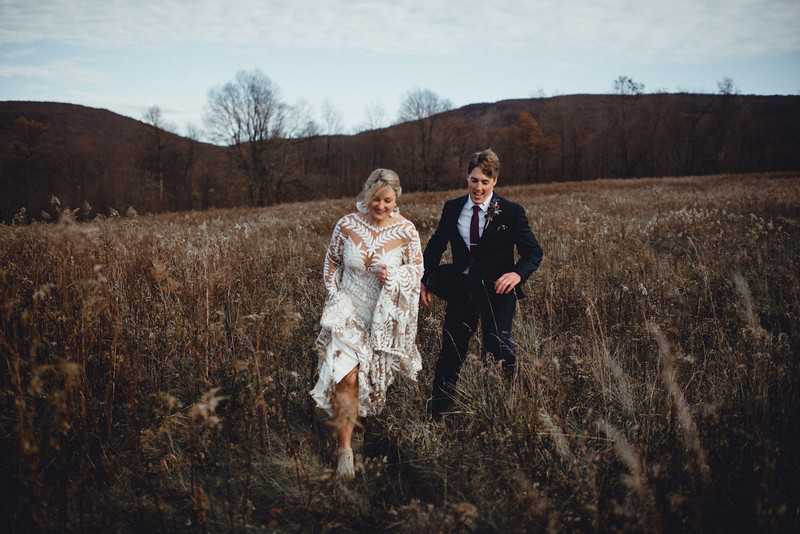 Requiem Images - Luxury Boho Winter Mountain Intimate Wedding - Seven Springs - Laurel Highlands - Blake Holly -925.jpg