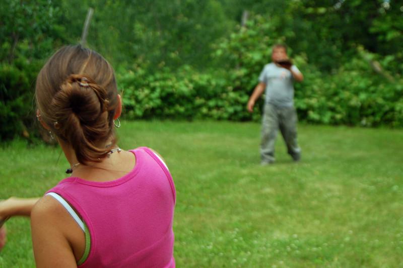 1253 Kristen throwing to David.jpg