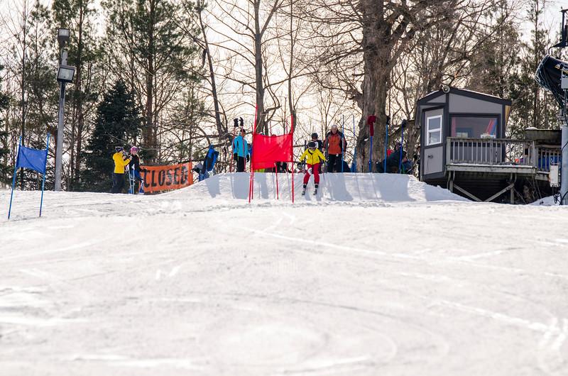 Standard-Races_2-7-15_Snow-Trails-131.jpg
