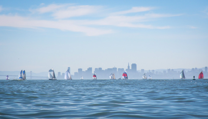 Spinnakers on the bay... but nearly no wind where we were.