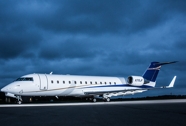 Challenger 850 N715JF (High Res)