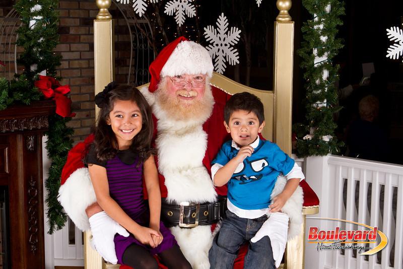 Santa Dec 8-175.jpg