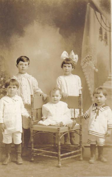 Alice-R-Vieira-Family