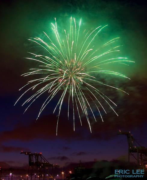 Fireworks 2008-Jack London Square, Oakland
