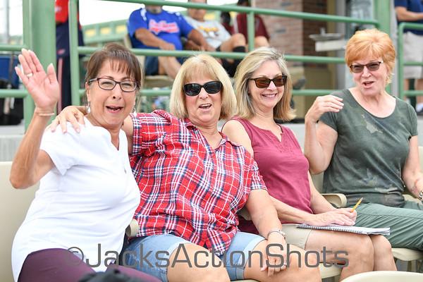 Babes Fans & Umpires