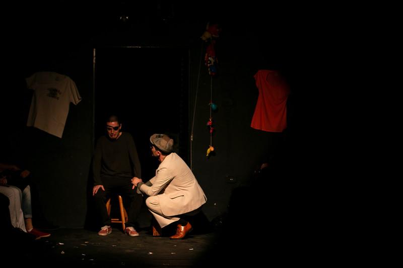 Allan Bravos - Fotografia de Teatro - Indac - Migraaaantes-305.jpg