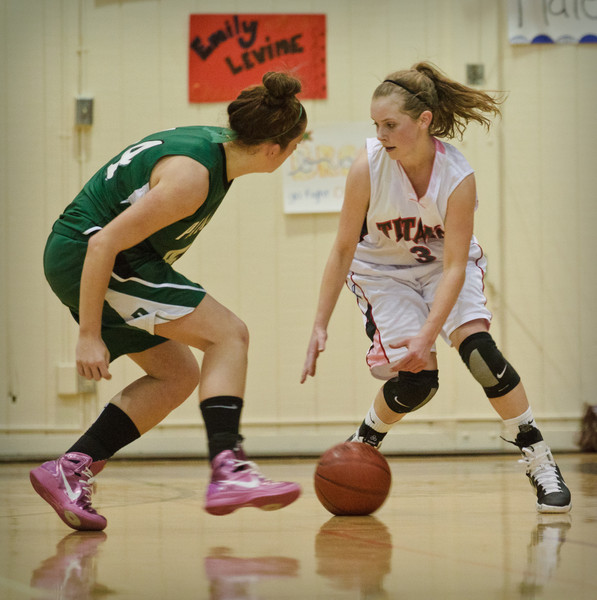 Girls GUNN V PALY-9905.jpg