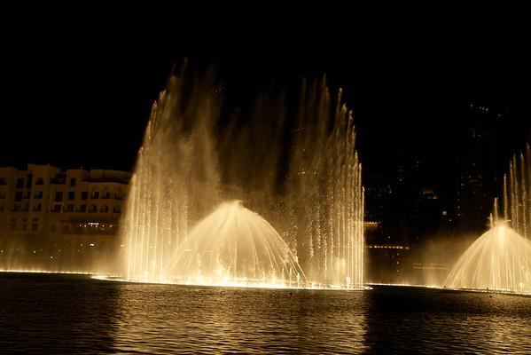 Dubai and Abu Dhabi night shots