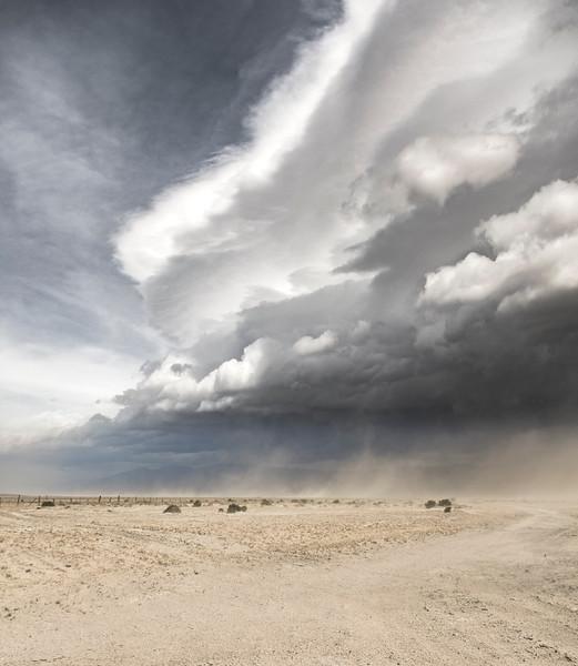 Owens-Valley-sand-storm-roadside-April8-2017.jpg