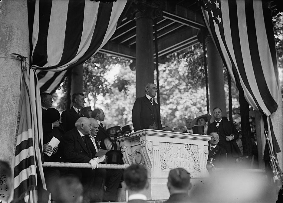 . Arlington National Cemetery. Wilson speaking at Memorial Day; Mrs Wilson and Daniels at right. 1917. 	Harris & Ewing, photographer.  Courtesy the Library of Congress