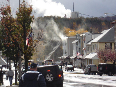 SHENANDOAH BUILDING FIRE 10-29-2010 PICTURES FROM POLISH AMERICAN FC WEBSITE