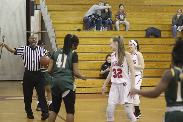 Girls basketball vs QO   2-11-19