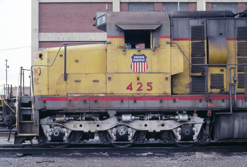UP SD24 425, 1983. (Don Strack Photo)
