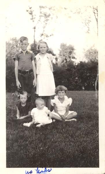 Olson kids (Eddy, Verdela, Dolores, Ardith, Benai) ~1936.jpg