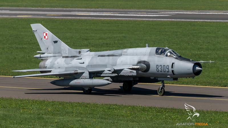 Polish Air Force 40th Squadron / Sukhoi Su-22M4 / 8309