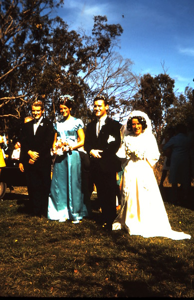 1970-4-18 (6) Anne & Eds  wedding.JPG