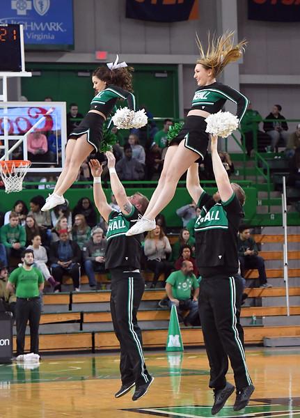 cheerleaders0324.jpg