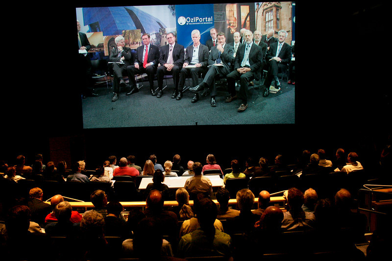 Tour of Next-Generation Visualization and Networking Facilities, Calit2, UCSD: OptiPortal Australia talks in realtime with FiRe participants in the Calit2 auditorium  -- it doesn't get more high-def than this