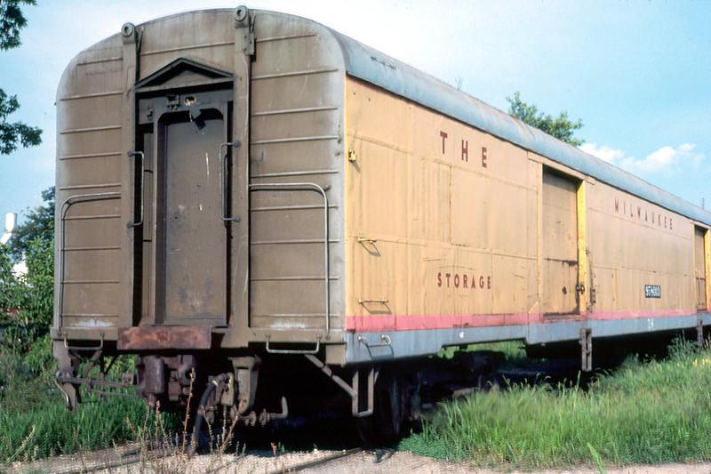 81-1270.jpg