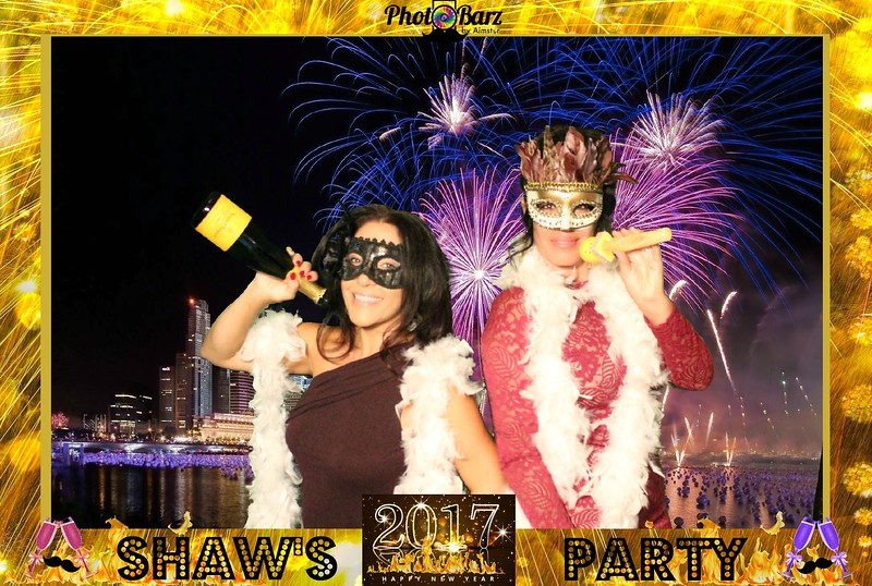 Shaws NYDay Party (62).jpg