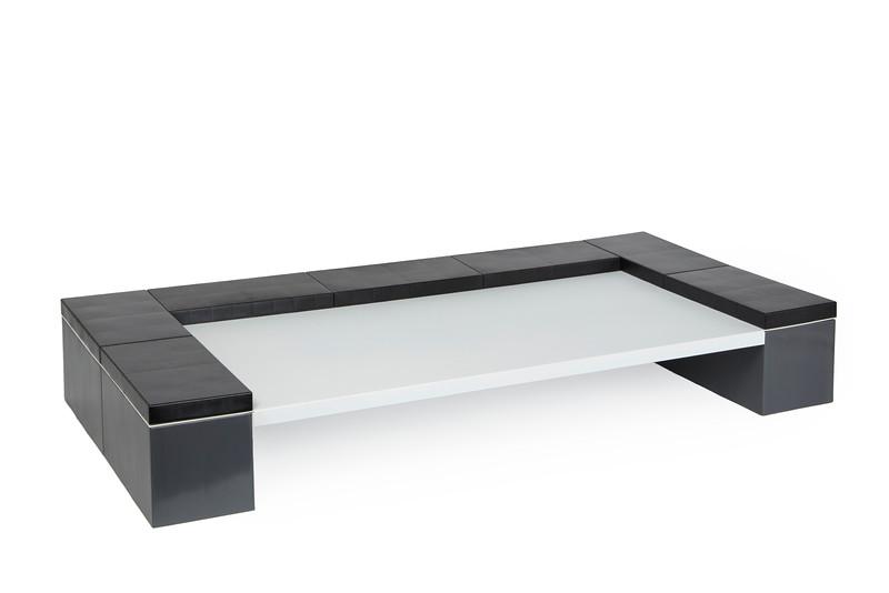 DeskTopB.jpg