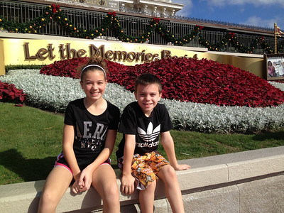 DISNEY WORLD Magic Kingdom (Dec. 22)