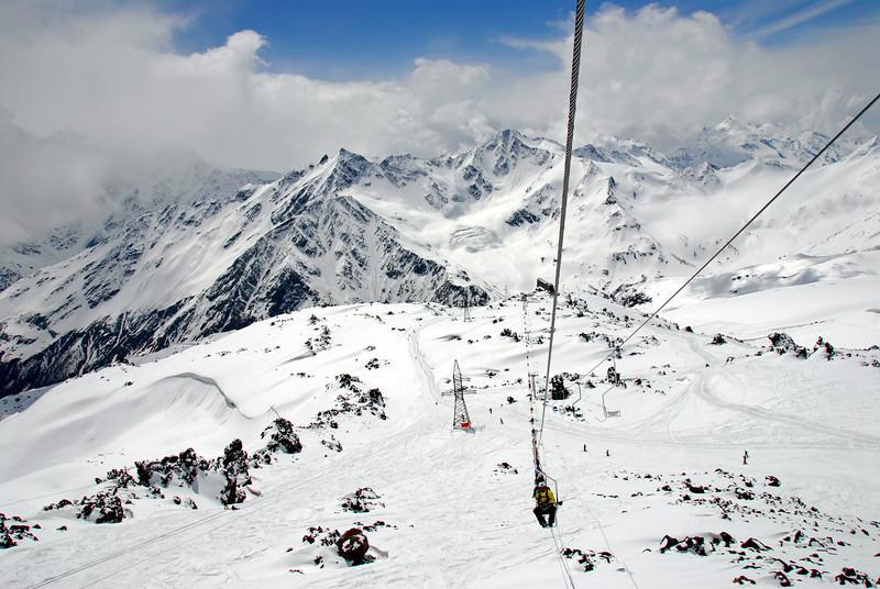 080501 1328 Russia - Mount Elbruce - Day 1 hiking up to Refuge No 11 _E _I ~E ~L.JPG