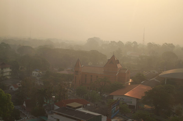 Chiang Mai smog at dawn, Feb 24, 2012