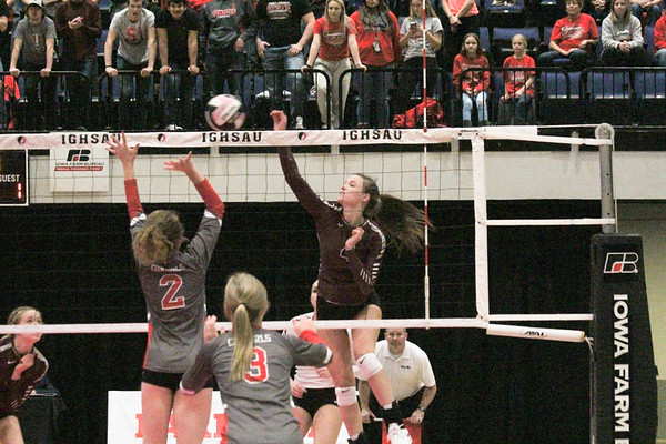 Class 2A state volleyball semi-finals: Western Christian versus Sidney 11-8-18