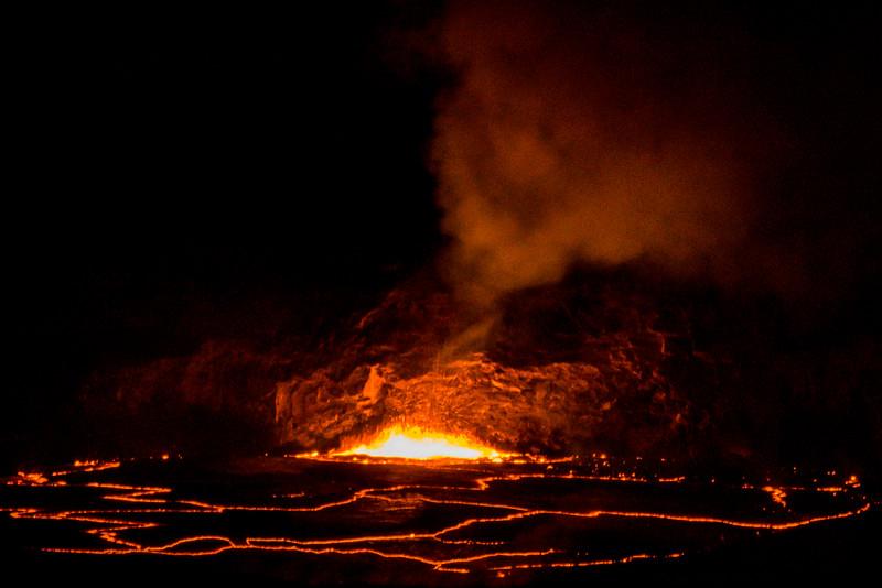 volcano eruption Halamaumau Crater LRE -3591.jpg