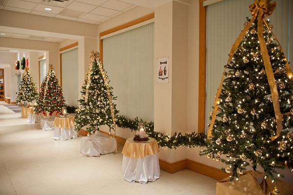 2011 Christmas Church Decorations