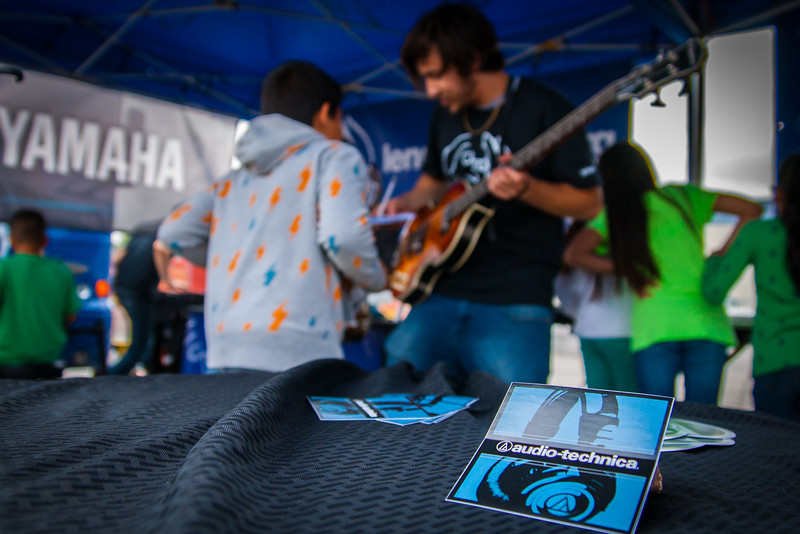 2014_04_22, Pomona, CA, Kingsley Elementary, Epiphone, Audio-Technica, Yamaha, Tents