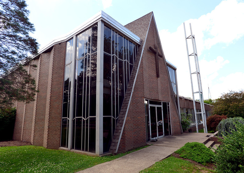 Campus Christian Center1840.jpg