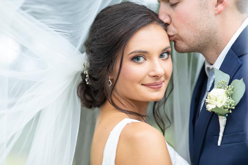 Lauren & Josh | Wedding at Bailey Wick Farm in Fincastle, VA