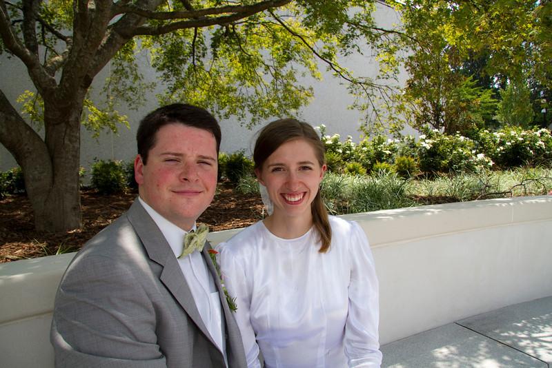 Levi & Emily-4010.jpg