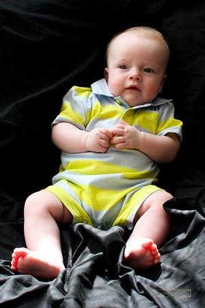 Ethan-4 months-9.20.09