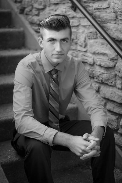 D. Curran Senior Pictures 2016-21.jpg