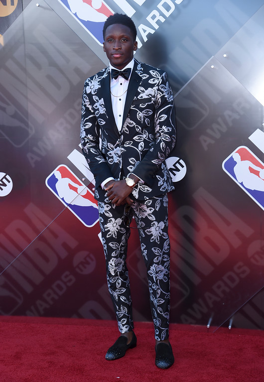 . NBA player Victor Oladipo, of the Indiana Pacers, arrives at the NBA Awards on Monday, June 25, 2018, at the Barker Hangar in Santa Monica, Calif. (Photo by Richard Shotwell/Invision/AP)