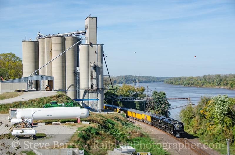Union Pacific 844<br /> Waverly, Missouri<br /> October 17, 2016