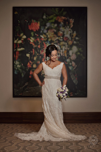06-alfond-inn-wedding-bride-dress-flowers-jarstudio.JPG