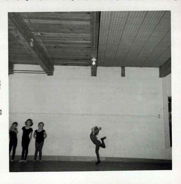 Dance_2850_a.jpg
