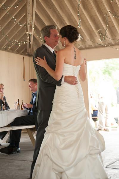 bap_schwarb-wedding_20140906153642_DSC2660