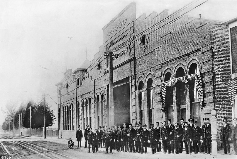 Powerhouse and main offices of the L.A. Traction Company building on the southwest corner of Twelfth and Georgia Bell Streets, 1897