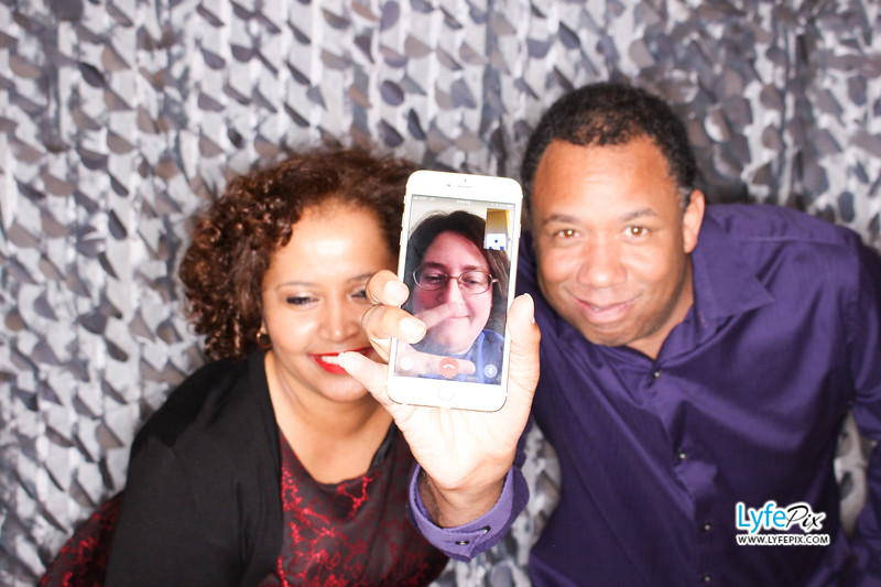 red-hawk-2017-holiday-party-beltsville-maryland-sheraton-photo-booth-0084.jpg