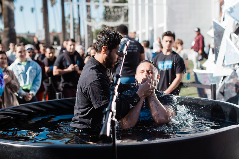 2018_12_30_HollywoodBaptisms_10am_NL-15.jpg