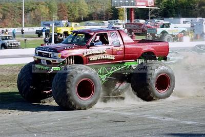 Thompson Speedway-Monster Trucks