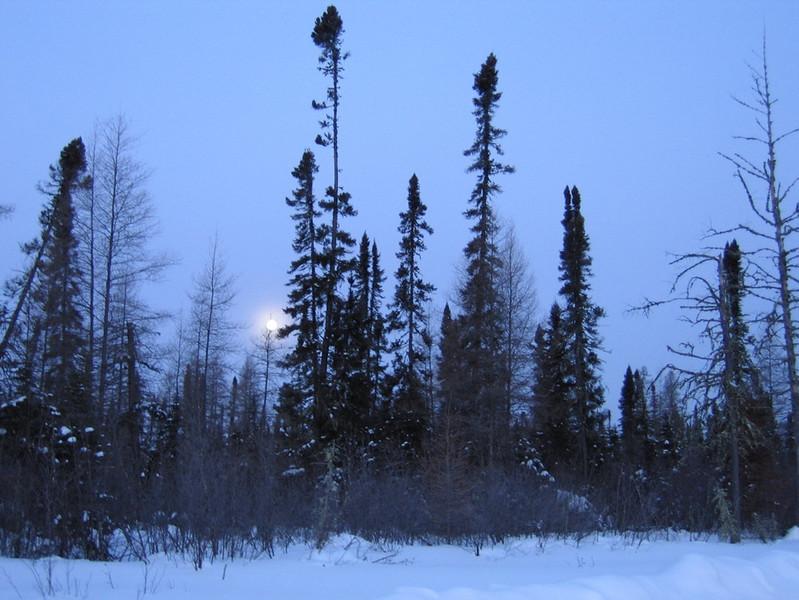 IMG_2726_sunrise_fort_hope_winter_road_resize.JPG
