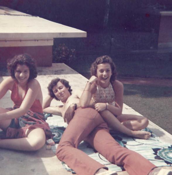Dundo-Mussungue:Silvia, Saramago e Lili